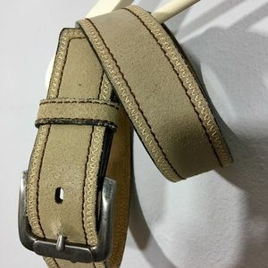 Buckle Outback Leather Belt